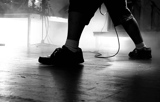 rock music - kabelschuhe stock-fotos und bilder
