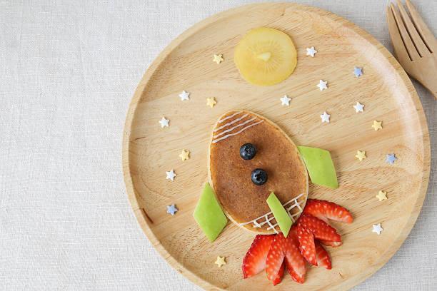Rocket, moon and stars pancake breakfast – Foto