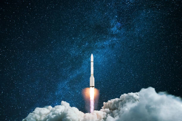 Rocket starts in the night starry sky. A spaceship flies into outer space. Concept of travel to other planets Rocket starts in the night starry sky. A spaceship flies into outer space. Concept of travel to other planets outer space stock pictures, royalty-free photos & images