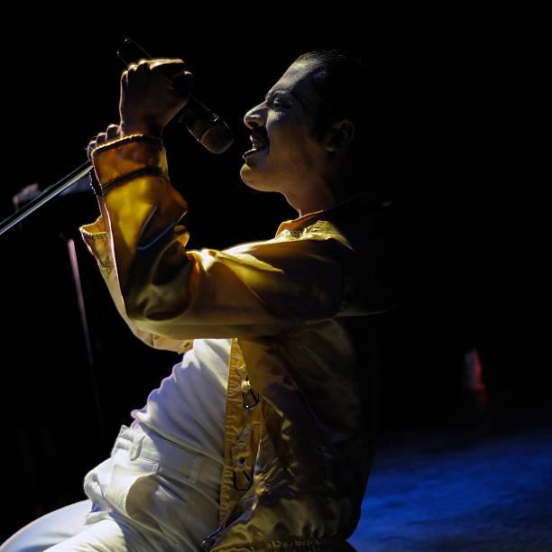 How Freddie Mercury got AIDS?