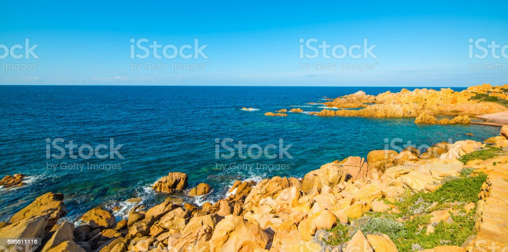 Rocky inlet in Sardinia photo libre de droits