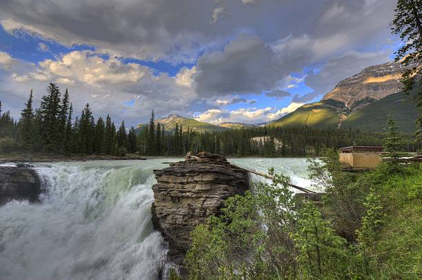 rocky mountains, british columbia, canada. - british columbia glacier national park stock pictures, royalty-free photos & images