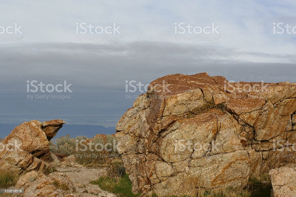 Rocky thront – Foto