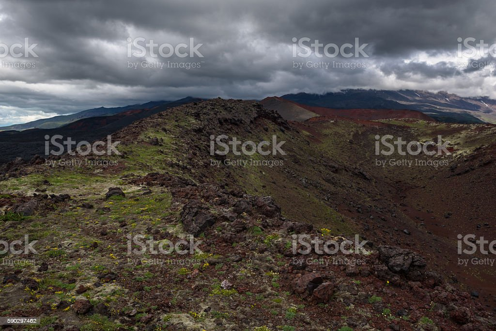 Rocky ridges on the slopes of the Tolbachik Volcano royaltyfri bildbanksbilder