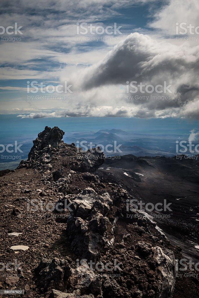 Rocky slopes of the Tolbachik Volcano royaltyfri bildbanksbilder