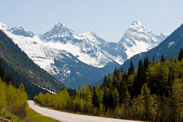 rogers pass - british columbia glacier national park stock pictures, royalty-free photos & images