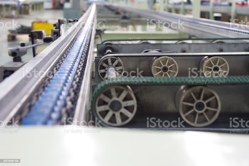 Roller Belt Conveyor Belt Production Line Of The Factory
