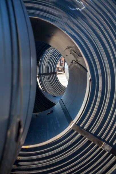Rollen aus industriellem Blech – Foto