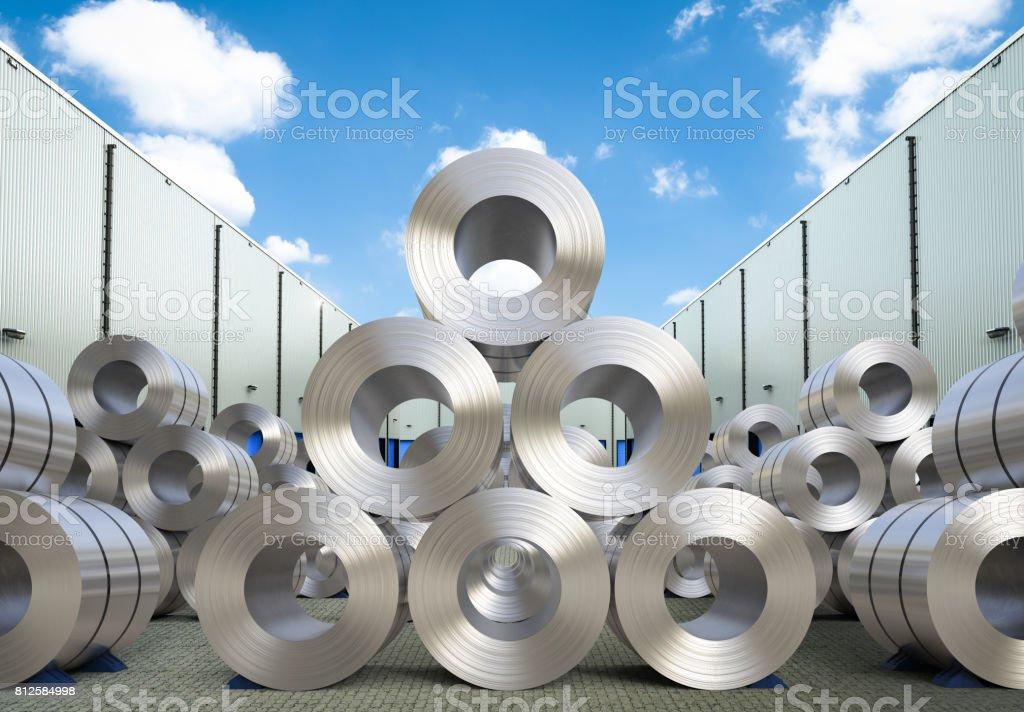 rollos de hoja de acero en almacén - foto de stock