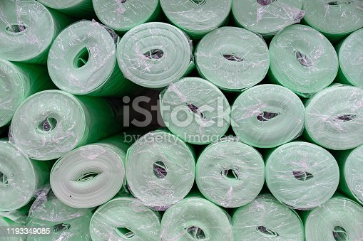 Rolls with a green substrate for laminate or parquet.