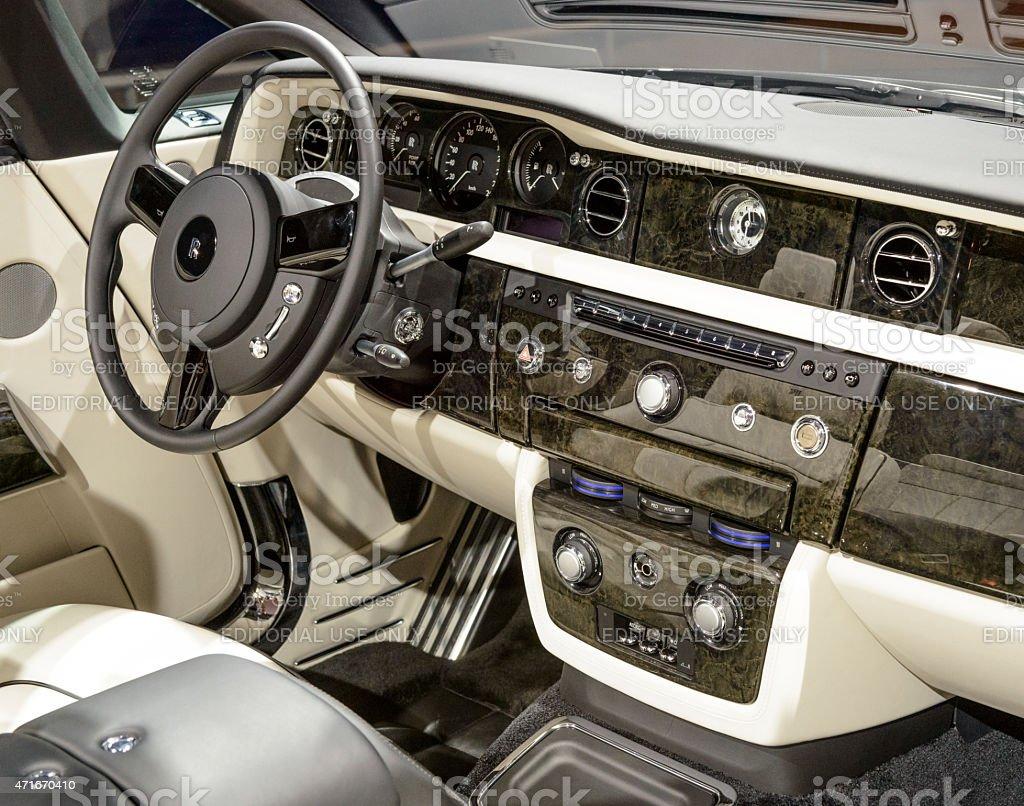 Rollsroyce Phantom Drophead Coupe Convertible Car Luxury Interior ...