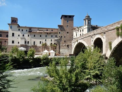 Roma - Castello Caetani e Ponte Fabricio