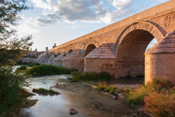 Puente romano - foto de stock