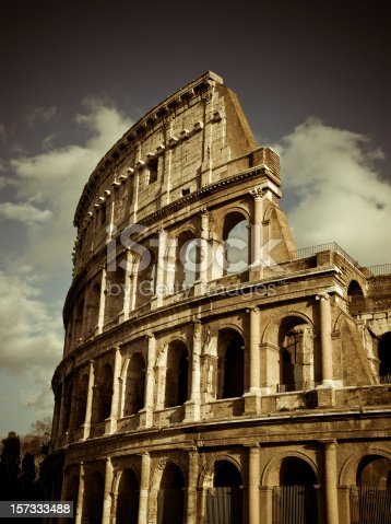 the coliseum in roma, italy