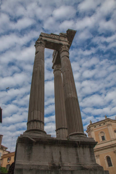 roman forum, italy - batalina italy стоковые фото и изображения