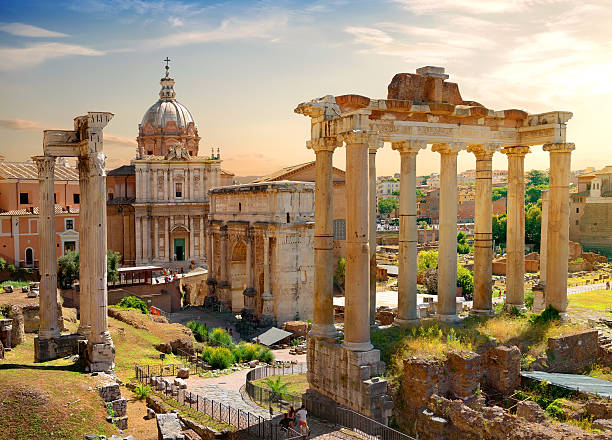 Roman Forum Roman ruins in Rome, Italy roman forum stock pictures, royalty-free photos & images