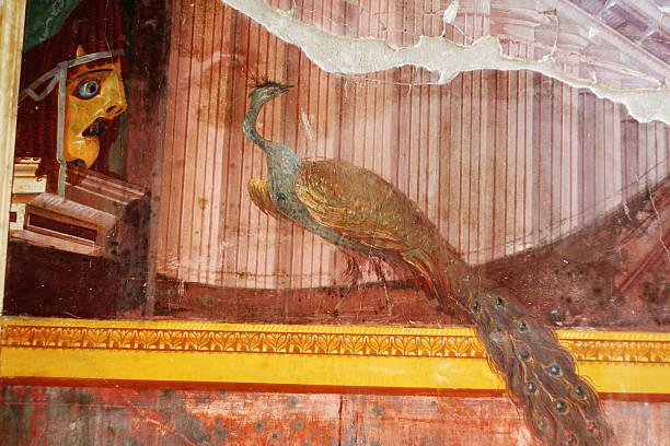 roman fresko von poppea oplontis in der villa - pfau bilder stock-fotos und bilder