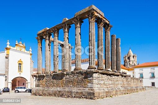 istock Roman Temple, Evora 538983134
