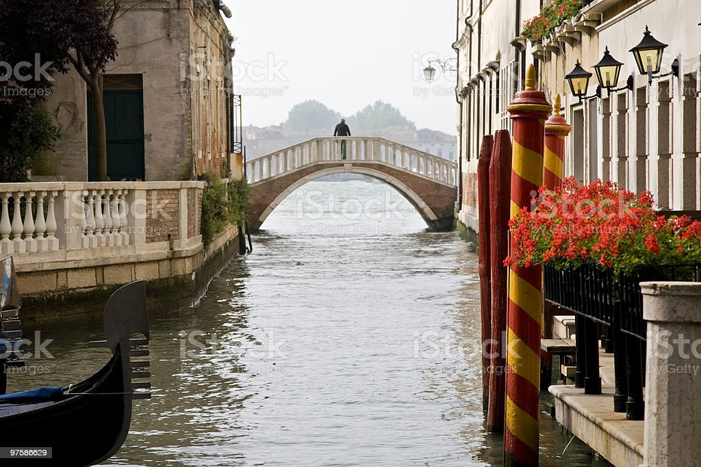 romanitc venice scene - little side canal (XL) royalty-free stock photo
