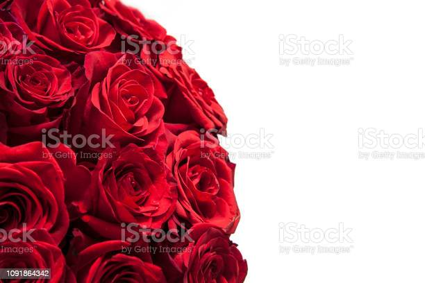 Romantic background of a bouquet of red on a white background picture id1091864342?b=1&k=6&m=1091864342&s=612x612&h=kja5dt0iaolz225so3ims0nblkjyaog7fyj4tbrk6si=