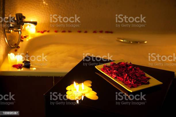 Romantic bubble bath picture id155695061?b=1&k=6&m=155695061&s=612x612&h=intfygn cp0axipussvnt8g 3 ippqcul50cinxbcau=