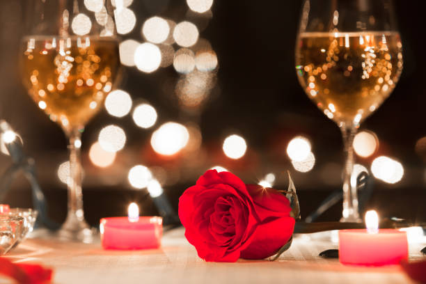 Romantic candlelight dinner Romantic candlelight dinner in luxury restaurant. table for two stock pictures, royalty-free photos & images