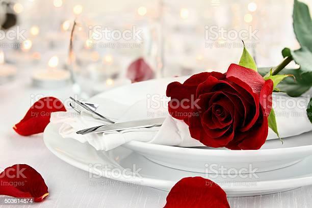 Romantic candlelite table setting picture id503614874?b=1&k=6&m=503614874&s=612x612&h=cmeghlsyc0kzbnr3las4ybtrpv6r0 2ie7s0jmfia u=