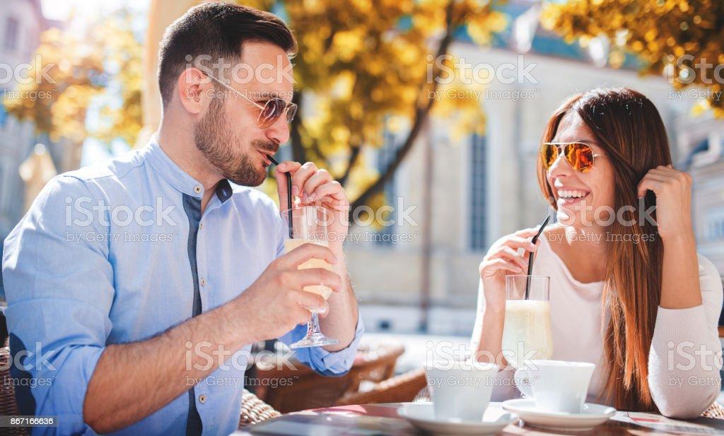 dating zu zweit