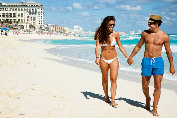 Romantisches Paar am Strand – Foto