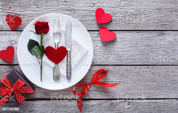 Romantic dinner concept valentine day or proposal background picture id637792066?b=1&k=6&m=637792066&s=612x612&h=bypi1j48lslmxim0nj29blm nb70wjkdcirr0dncpto=