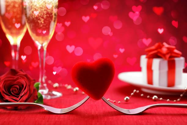 Romantic dinner valentines day background picture id1093721574?b=1&k=6&m=1093721574&s=612x612&w=0&h=gkiib bvn7rtrbafcr rqis3osbs89rglkaehv fl5g=