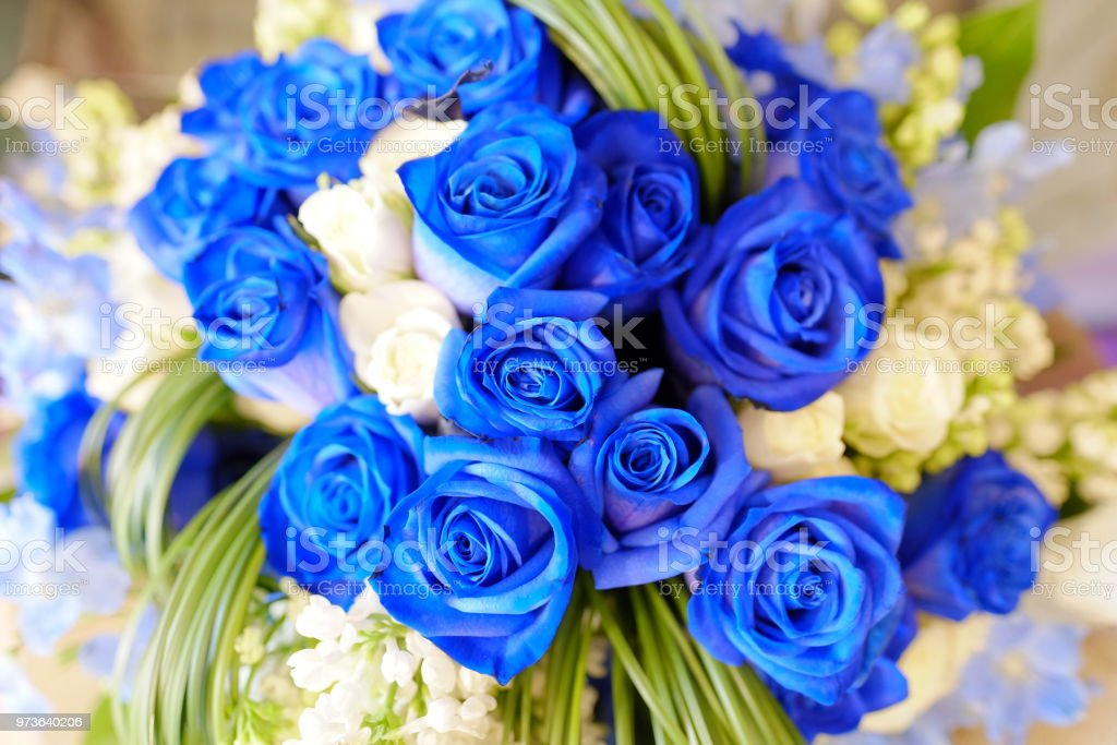 Romantic Flower Bouquet Arrangement With Special White And Blue Rose