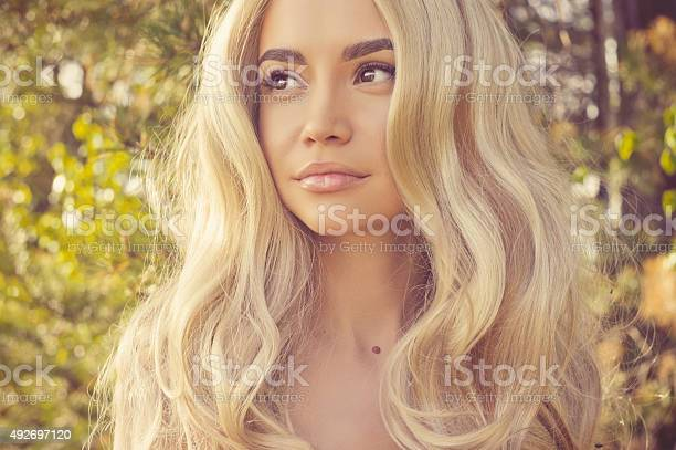 Romantic lady picture id492697120?b=1&k=6&m=492697120&s=612x612&h=ygbvz9gy79p rkkhccrjqgsqeezdynrmhz4dyc yrgg=