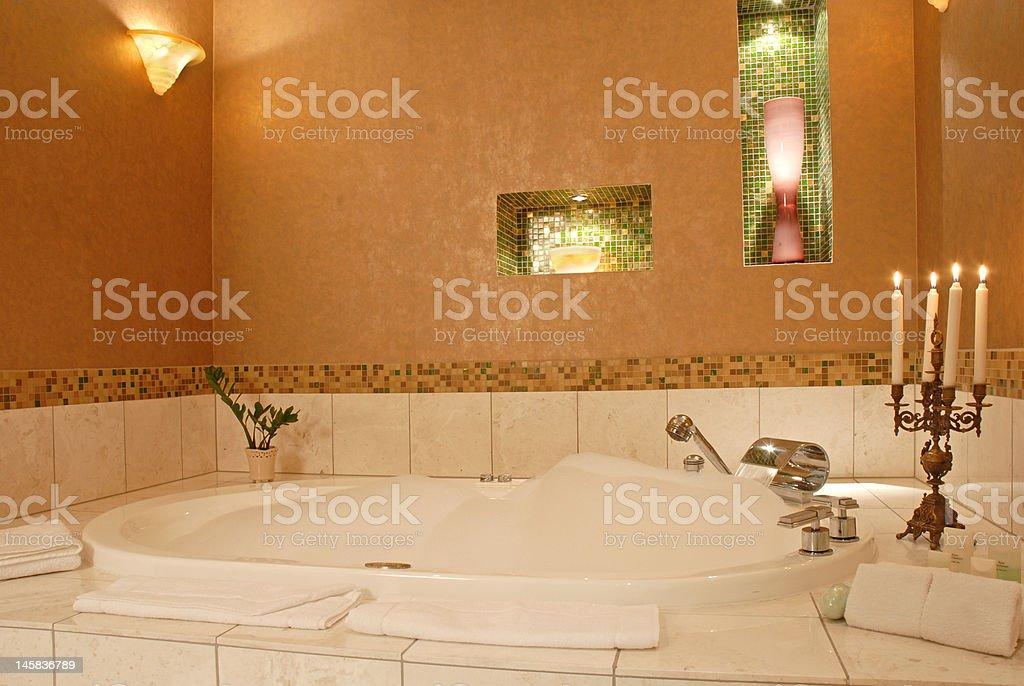 Romantico hotel di lusso bagno - foto stock