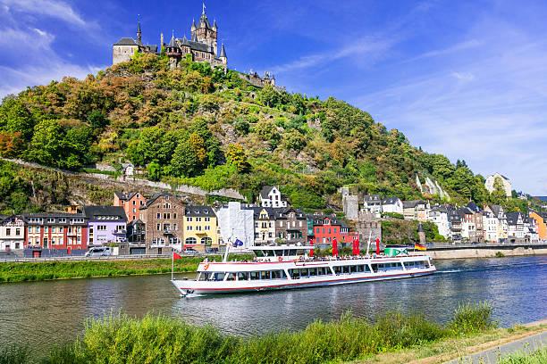 romantic river cruises over rhein - medieval cochem town. germany - fleuve et rivière photos et images de collection