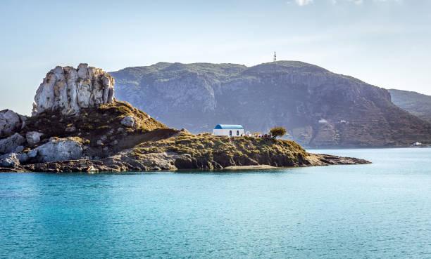 romantische hochzeit auf der griechischen insel - ägäische inseln stock-fotos und bilder