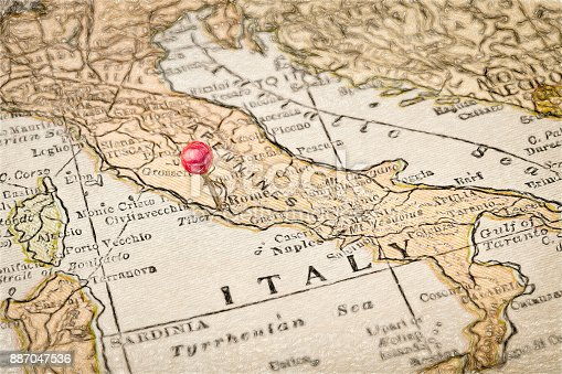 istock Rome and Italy vintage map 887047536