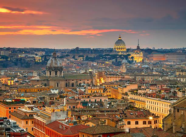 Tiempo de Roma al atardecer - foto de stock