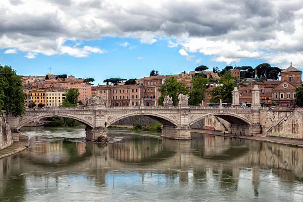 rzym sant angelo most widok - pope francis zdjęcia i obrazy z banku zdjęć