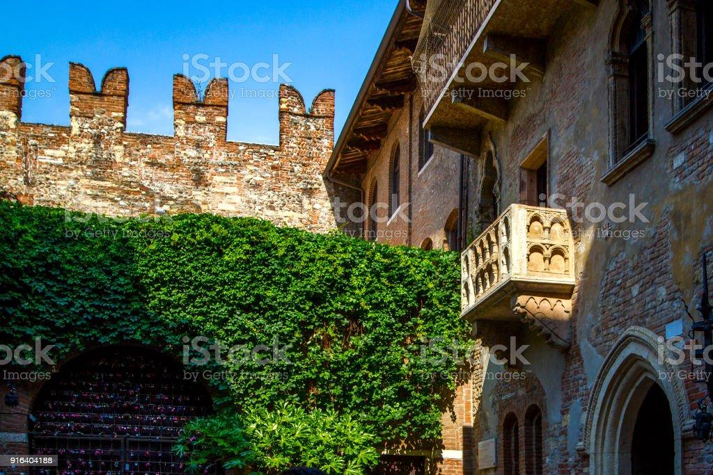Romeo Und Juliet Capulet Ursprunglichen Haus Mit Balkon Und Terrasse