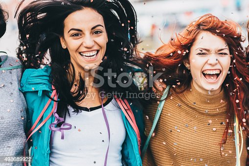 699427744 istock photo Roof party 498689922