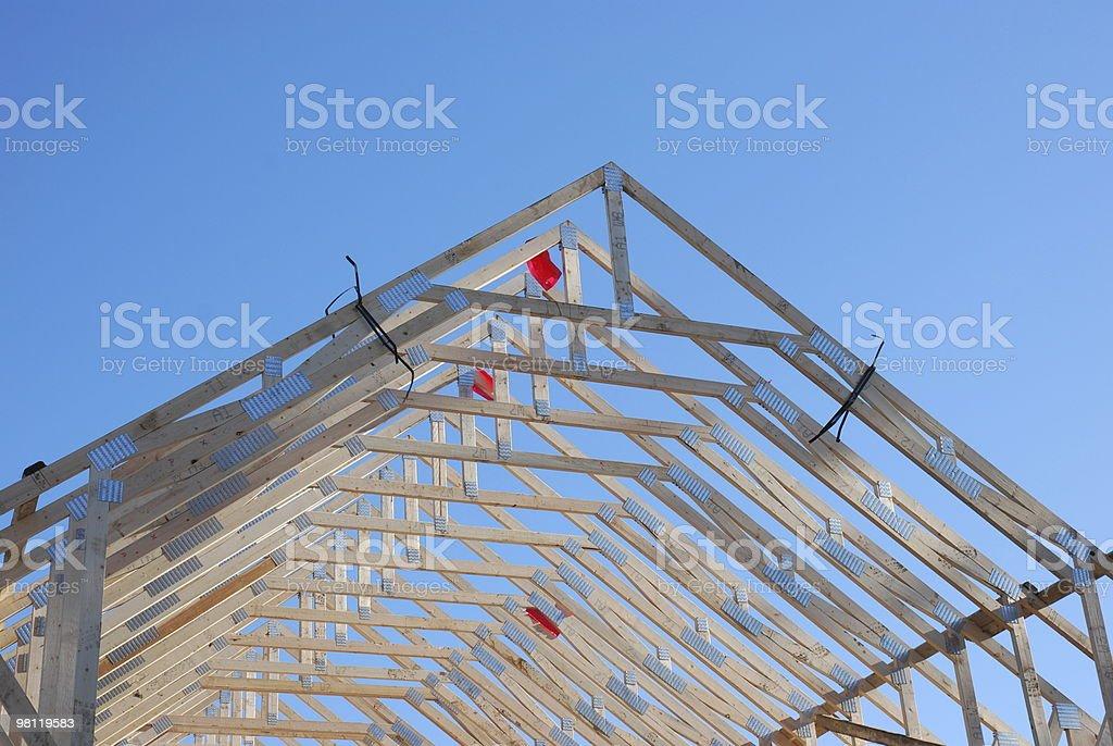 지붕 탈장장치, 파란 하늘을 배경으로 royalty-free 스톡 사진