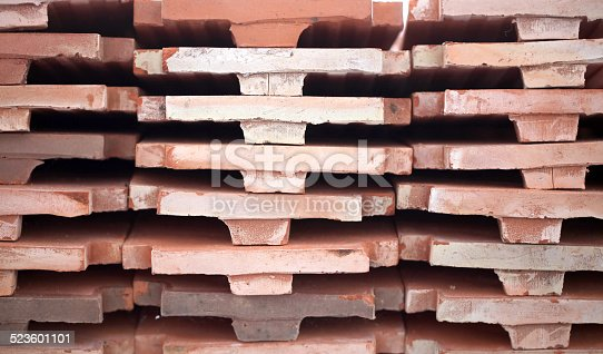 Roof-tile made from earhenware
