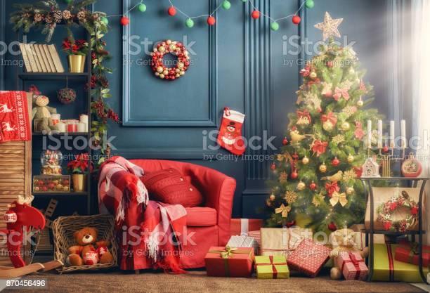 Room decorated for christmas picture id870456496?b=1&k=6&m=870456496&s=612x612&h=3q mkib avgnwqfgv izwdmtotbmzk7sd8cusqvn5pi=