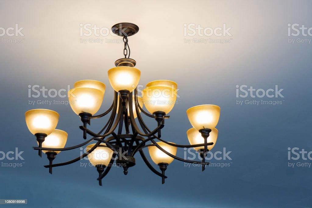 Deckenleuchte Klassisch Dekorativen Lampen Erzeugen Licht Im ...