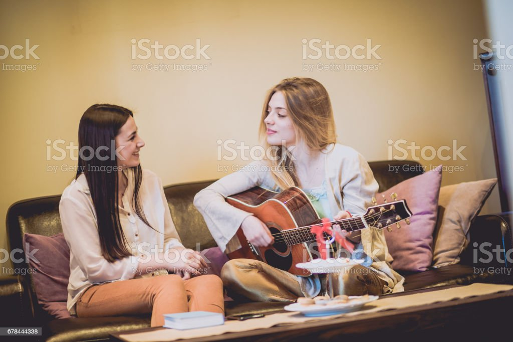 JULIET: Lesbians playing and having fun