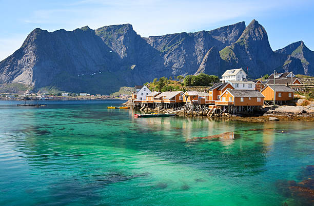 Rorbuer huts in Lofoten, Norway Rorbuer (rorbu) huts near Reine, Lofoten islands, Norway lofoten stock pictures, royalty-free photos & images