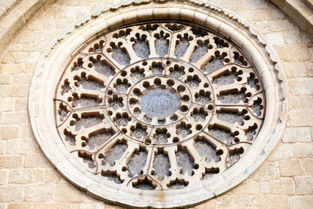 rose window in mondoñedo cathedral facade, galicia, spain. - rose window stock pictures, royalty-free photos & images