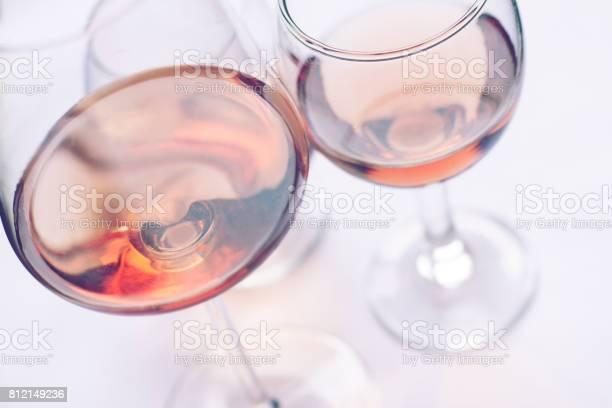 Rose wine glasses picture id812149236?b=1&k=6&m=812149236&s=612x612&h=nvjnhlt mhzbcswyyxh hmtg 1jucqqcitwimc6z4tw=