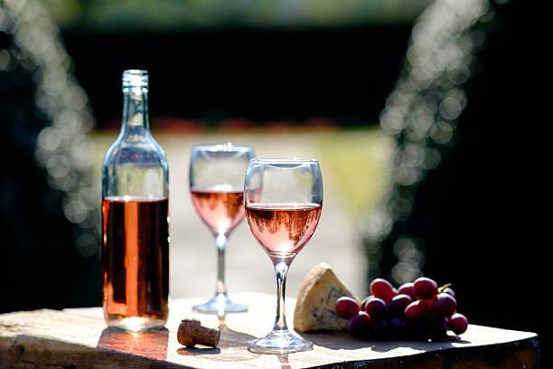 Rose wine picture id530433172?b=1&k=6&m=530433172&s=612x612&w=0&h=1wr tjr9bgomhx9pnetvfmwmbx0rrdvqtyyckfauxjm=